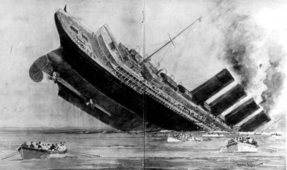 File:RMS Lusitania while sinking .jpg - Wikimedia Commons