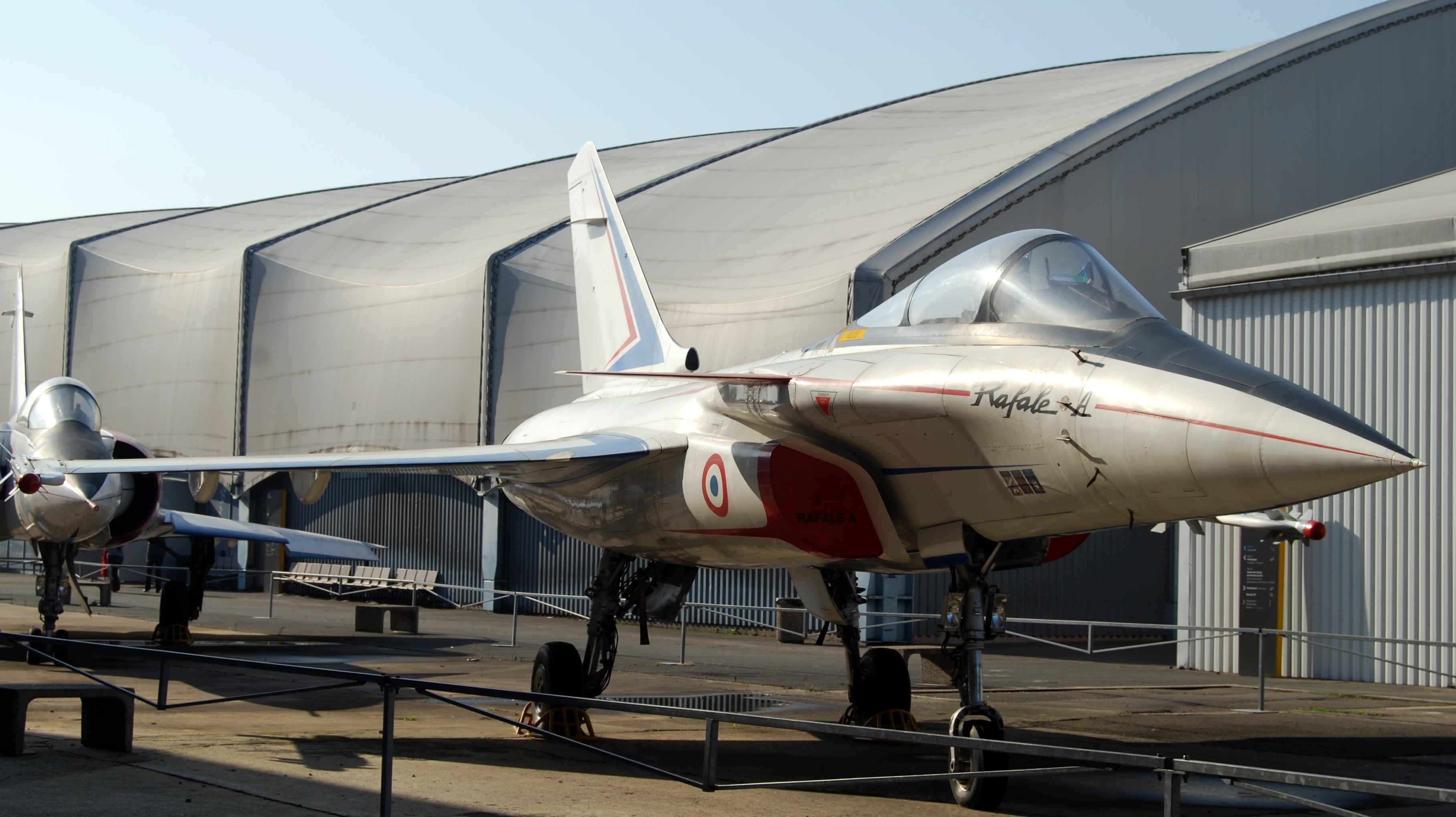 File rafale prototype musee de l 39 air et de l 39 espace le for Bourget paris