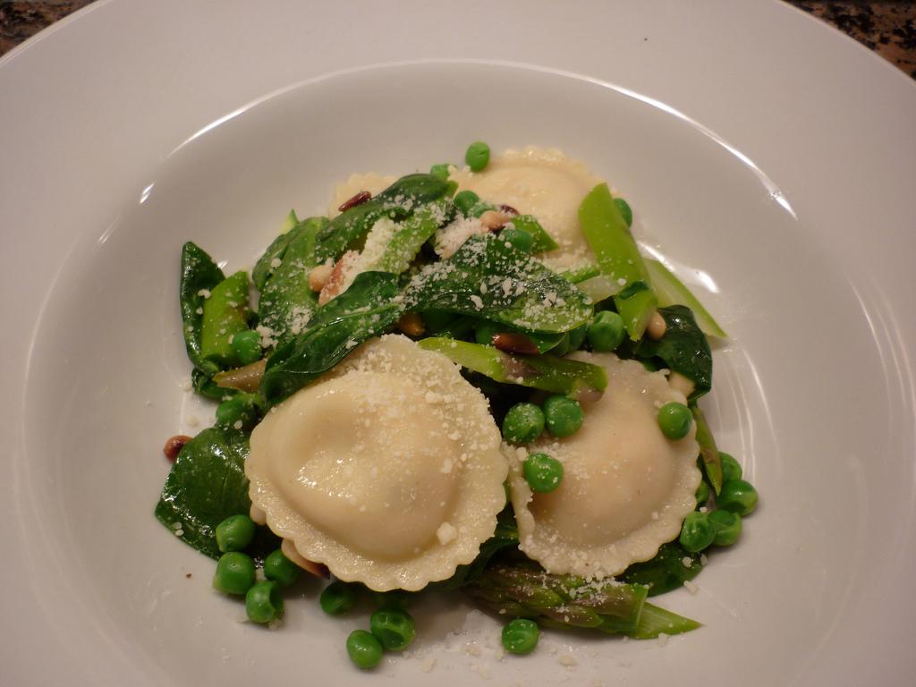 Pasta Ravioli Types File:ravioli Pasta Salad.jpg