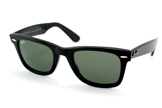 File:Ray Ban Original Wayfarer.jpg