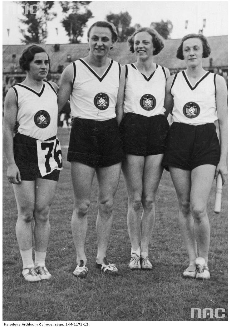 Relay_team_Germany_1938_European_Athleti