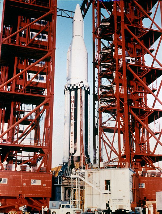 Saturn I SA-2 - 25.04.1962 Saturn_SA2_on_launch_pad