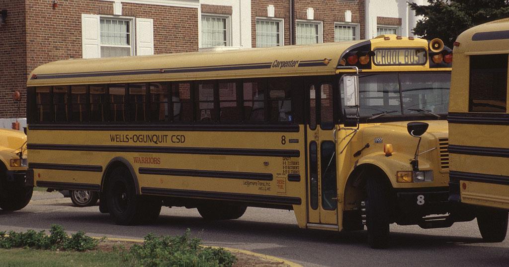 1995 carpenter school bus 2