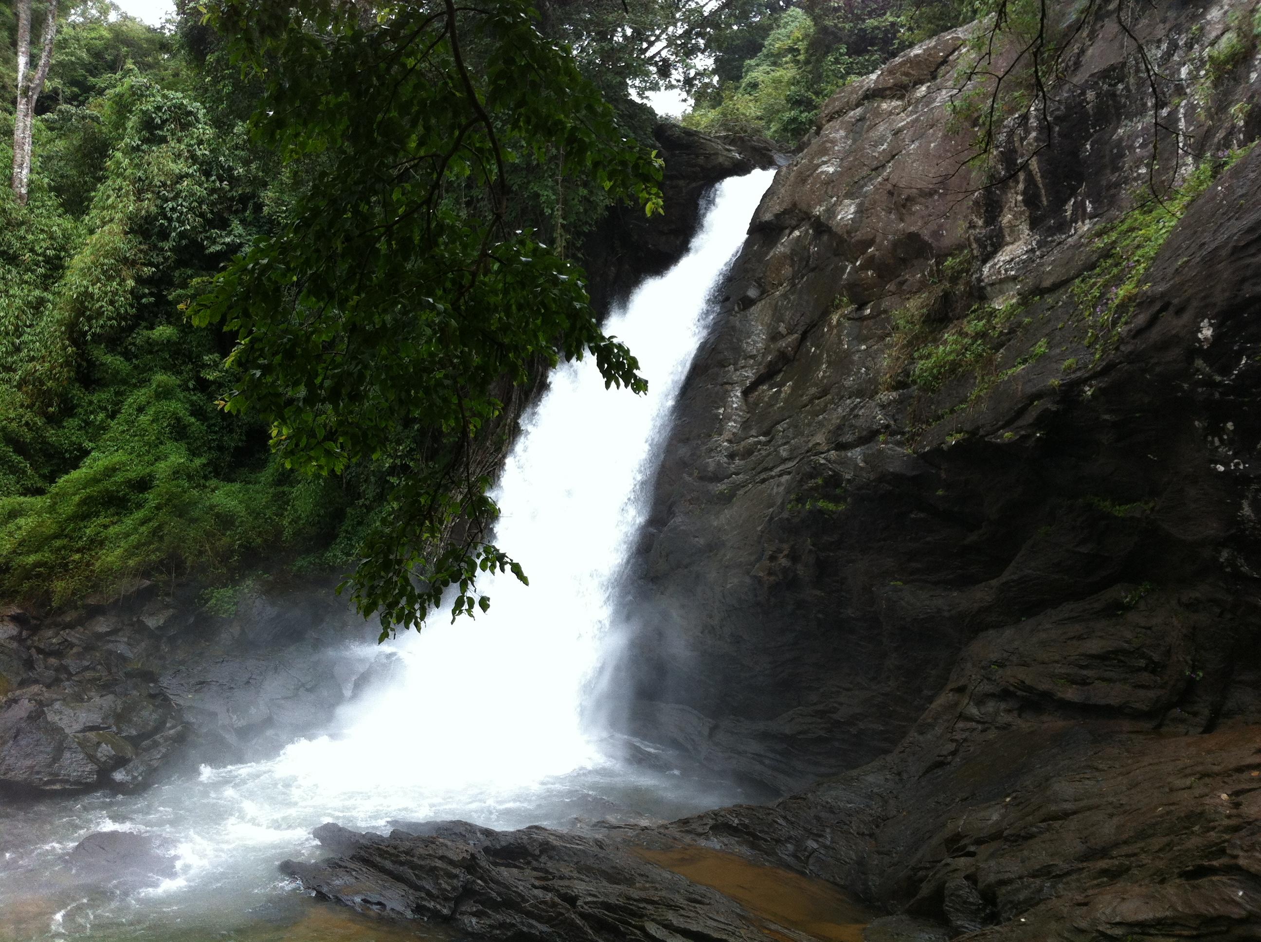 Soochiparai falls alias Sentinel Rock Waterfalls