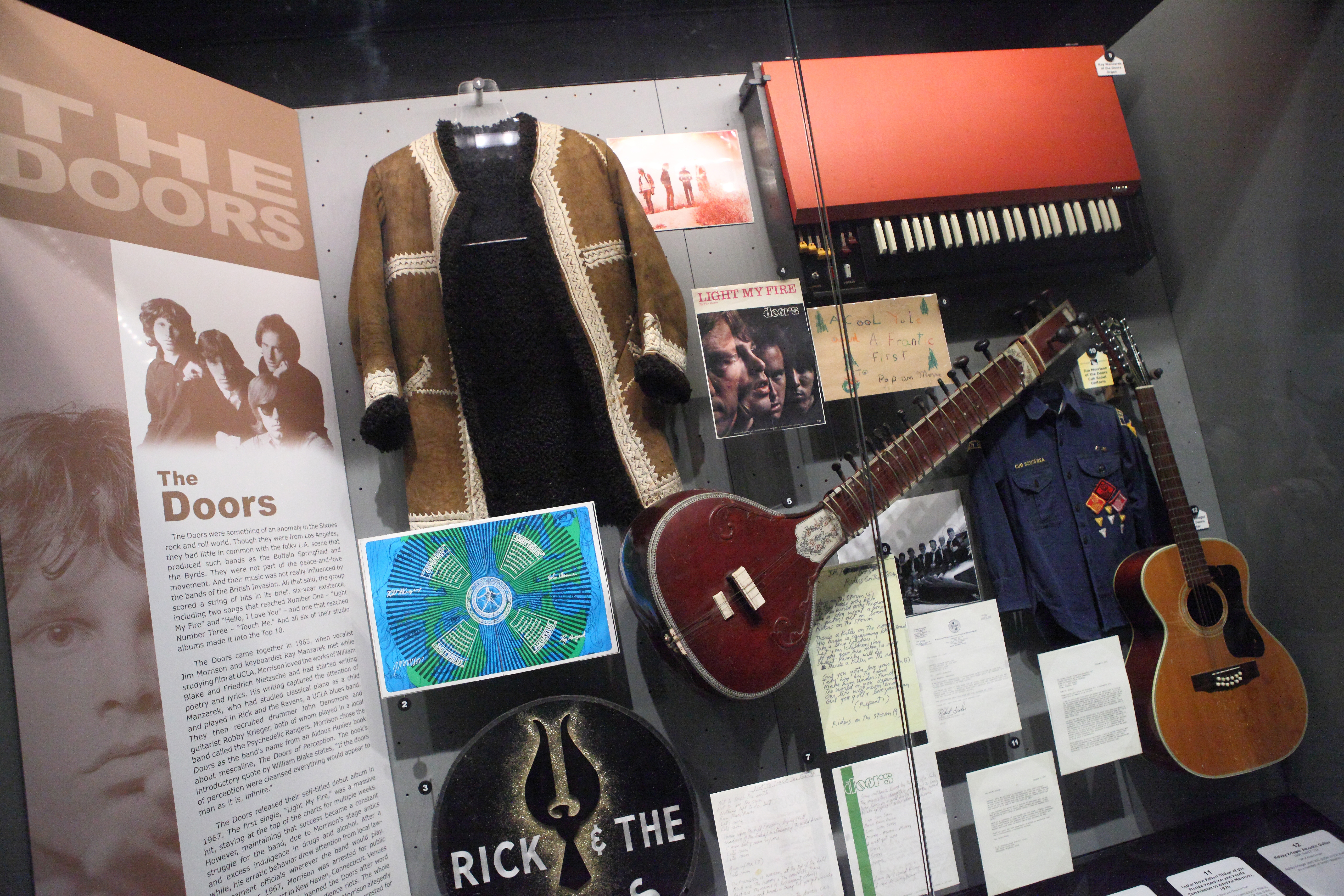 FileThe Doors - artifacts - Rock and Roll Hall of Fame (2014- & File:The Doors - artifacts - Rock and Roll Hall of Fame (2014-12-30 ...
