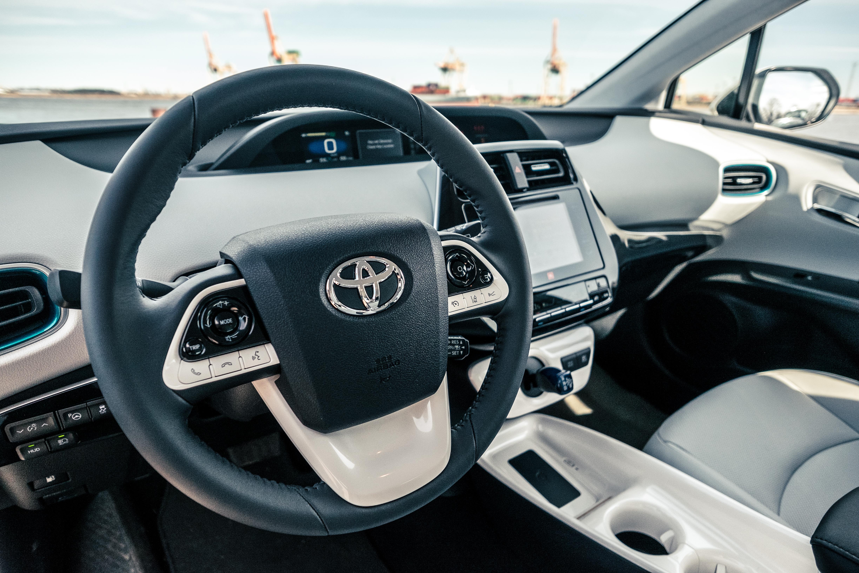 File Toyota Prius 2016 Interior 4 Jpg