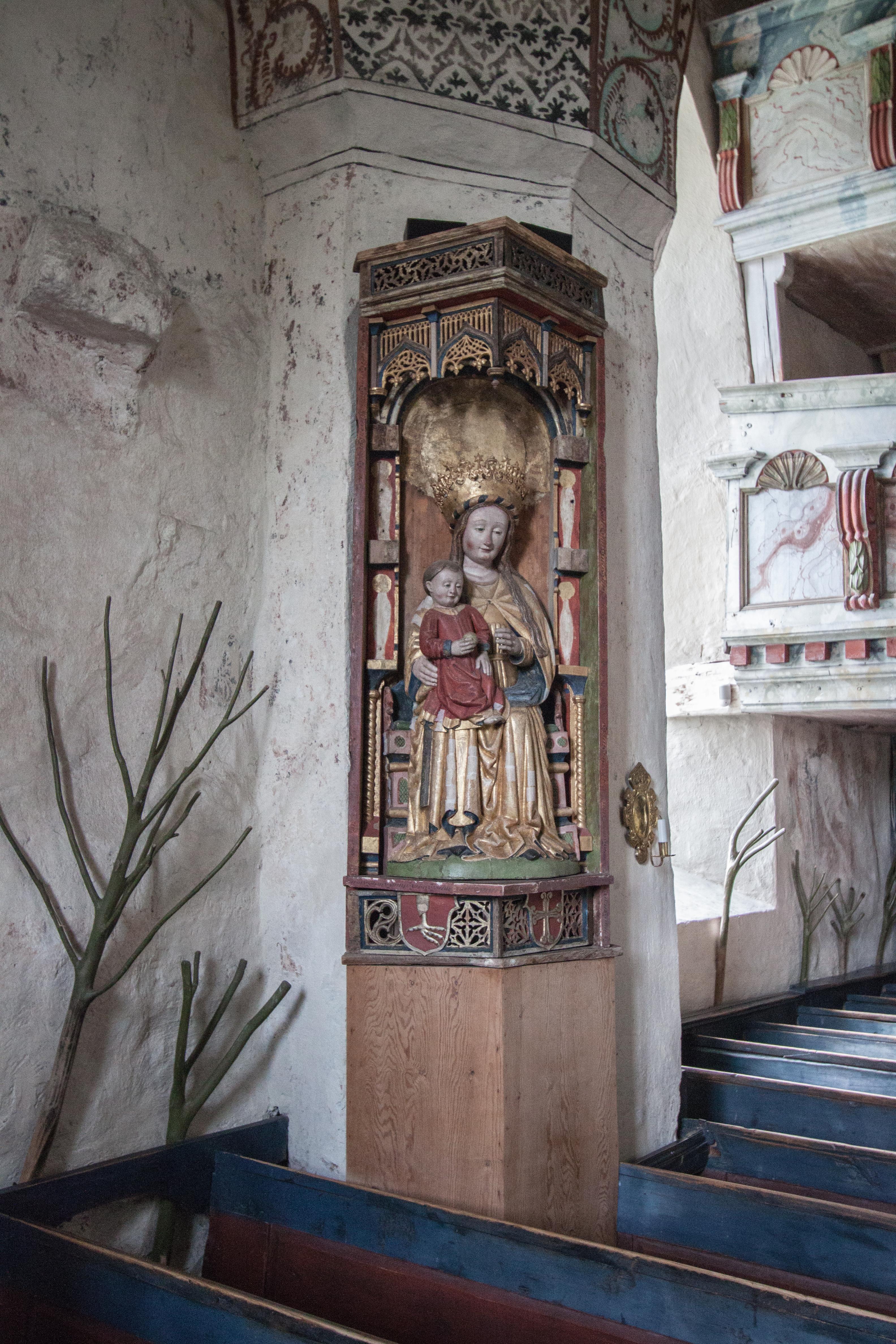 Fil:Ytterlnns gamla kyrka 20090715 Saint Gertrude of