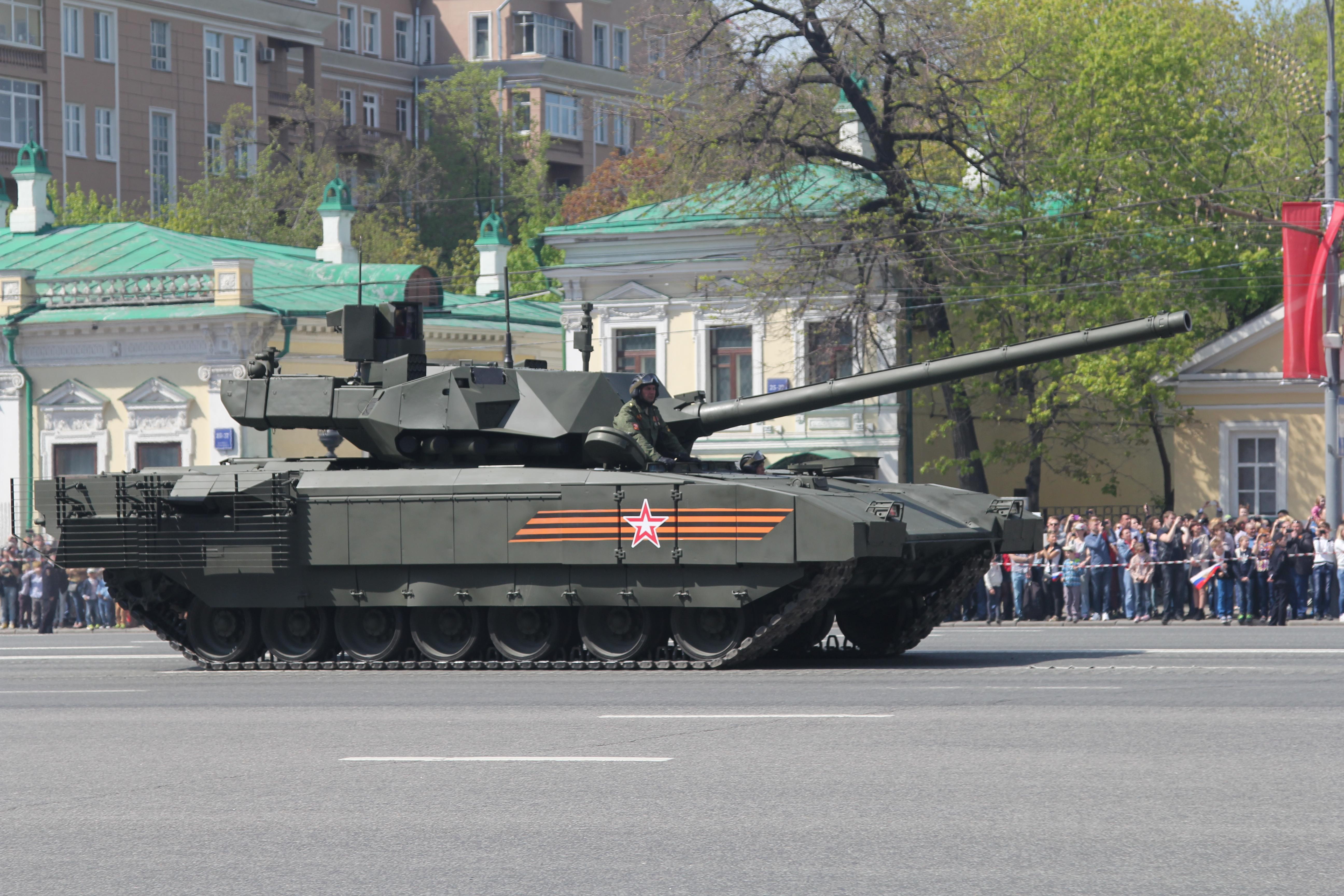 В настоящее время созданы две версии такой машина на базе танка Т-72 – Терминатор-1 и Терминато