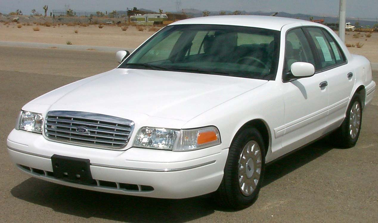 2003 Ford Crown Victoria  NHTSAjpg Wikimedia Commons