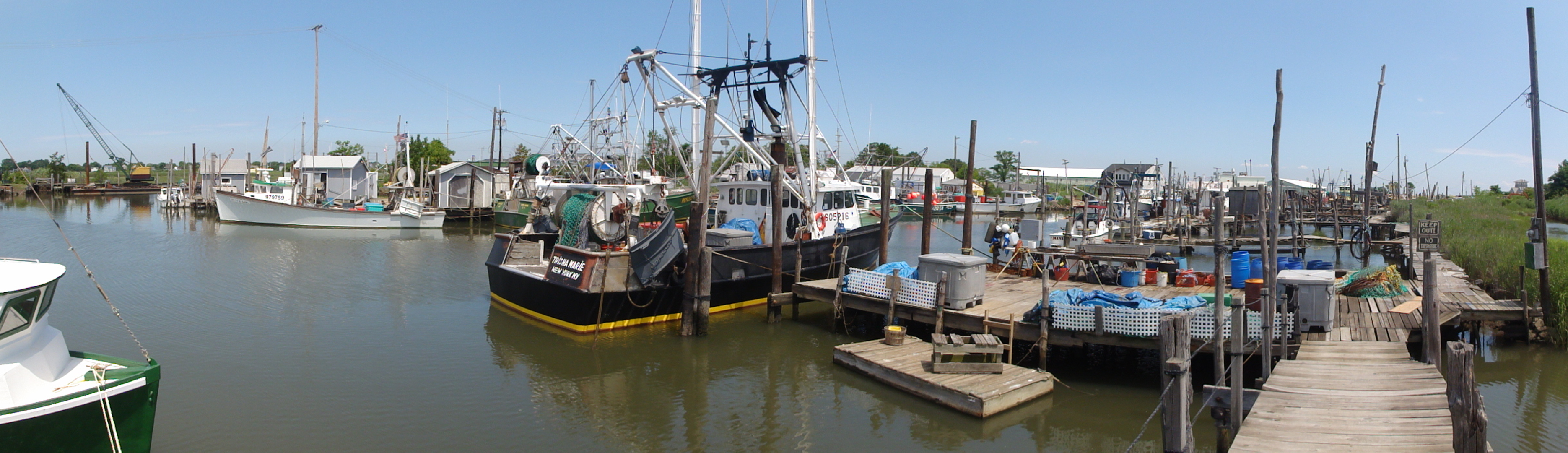 File:930 Belford Harbour, NJ.JPG - Wikipedia