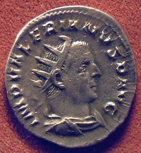 AV Antgoninianus Valerianus