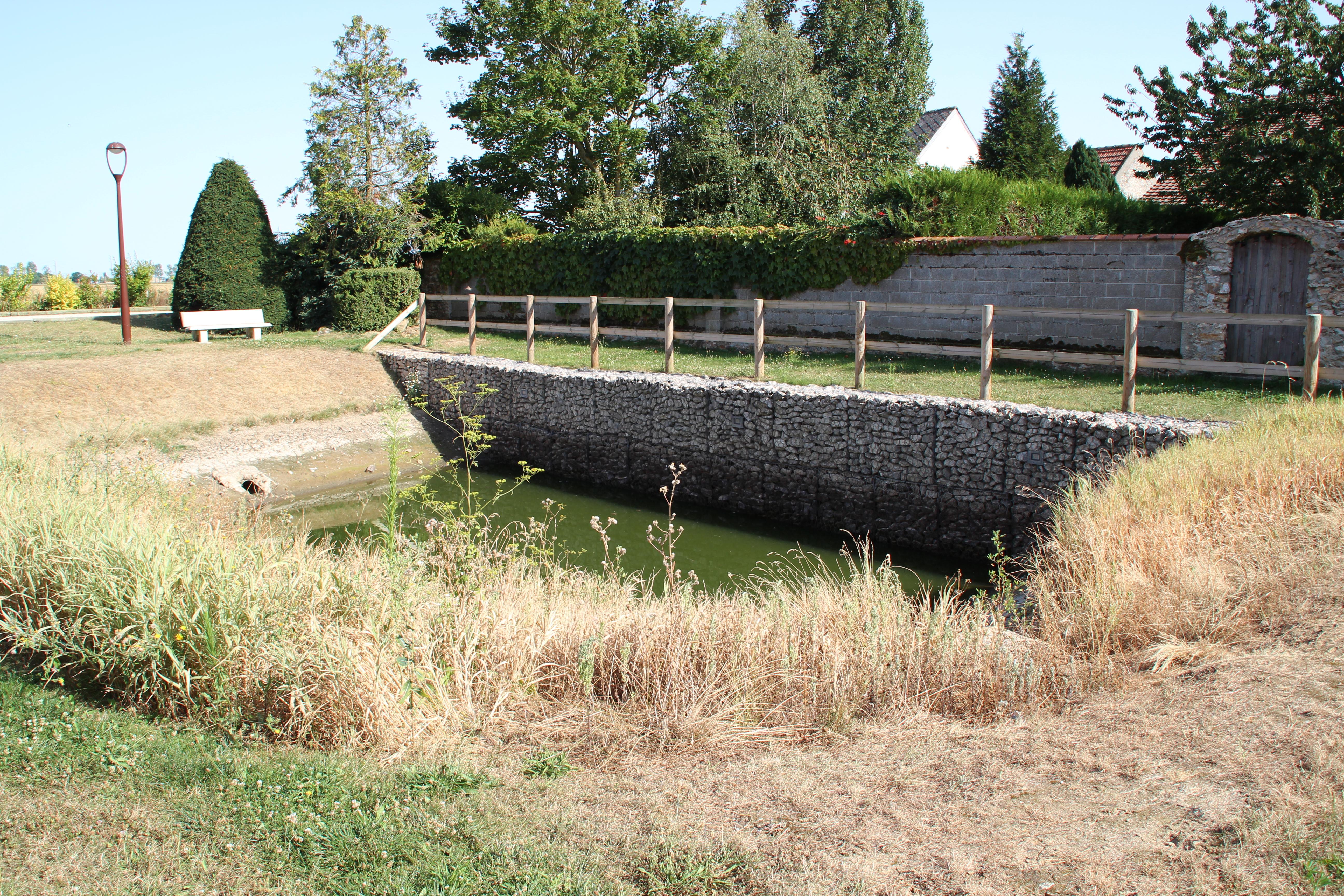 Allainville dans les Yvelines le 18 août 2012 - 15.jpg