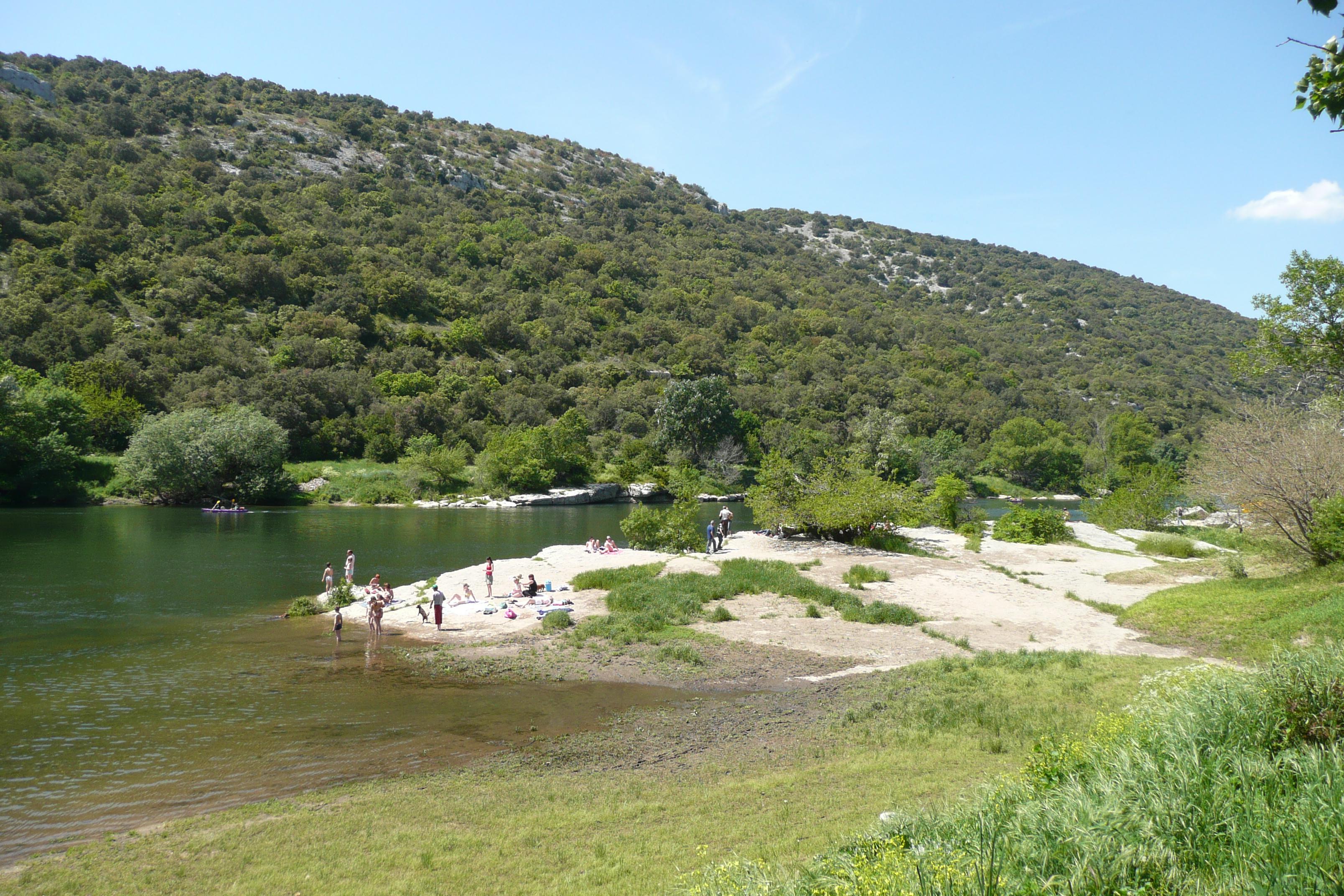 File ard che river sauze pr s de saint martin d 39 ard che 2 jpg wikimedia commons - Office de tourisme saint martin d ardeche ...