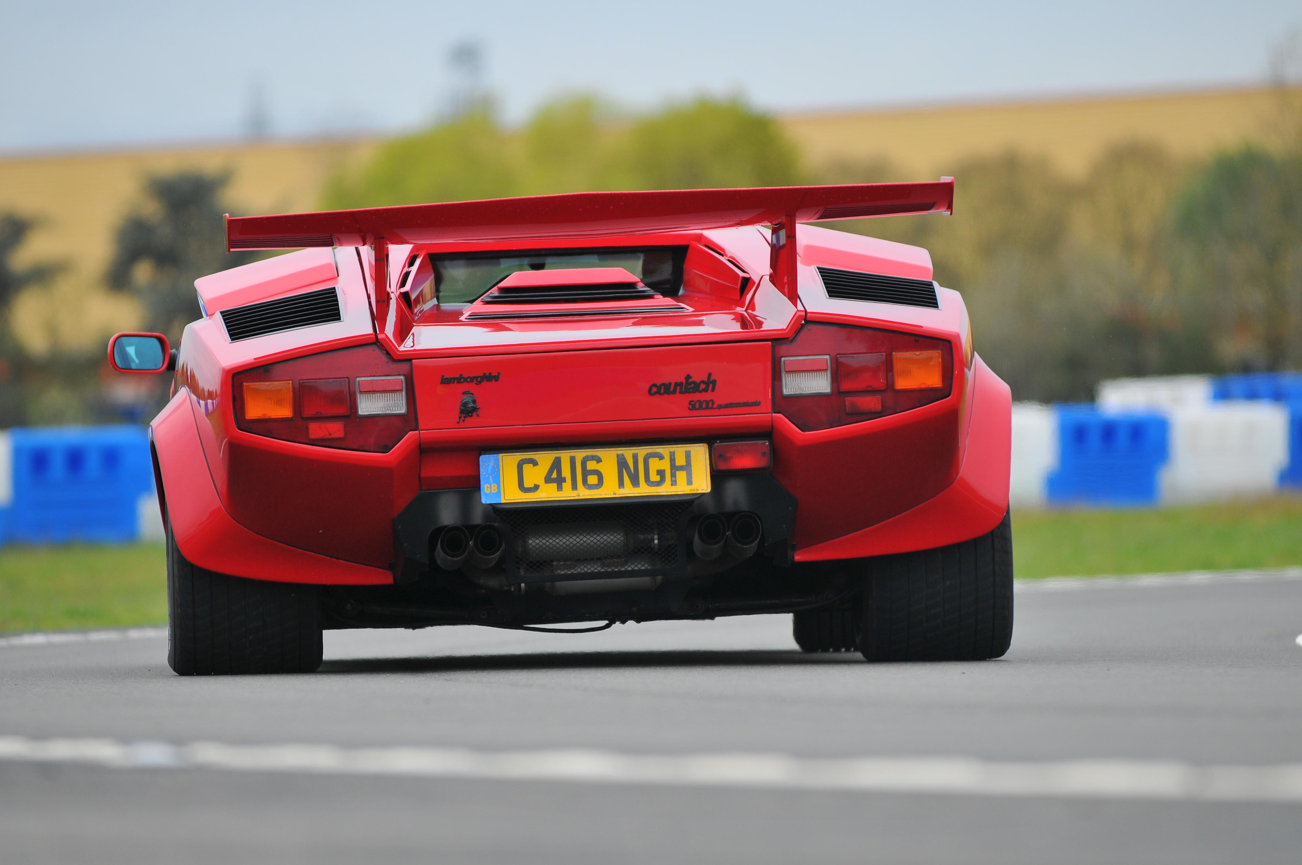 AutoItalia_Brooklands_May_2012_THP_6955_(7001801814) Exciting Lamborghini Huracán Lp 610-4 Cena Cars Trend