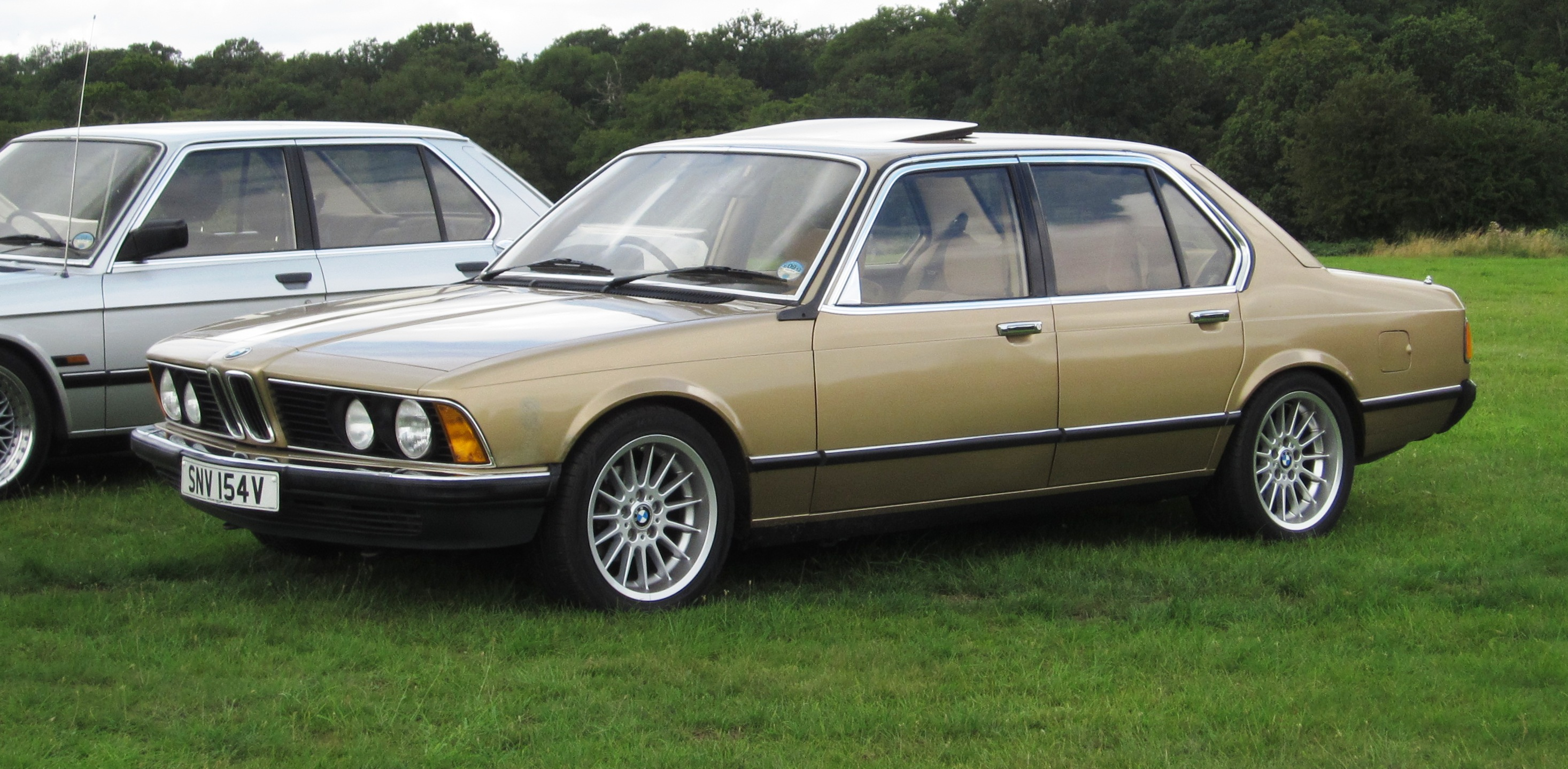 File:BMW 728 (E23) 2795cc registerd UK August 1979 photographed Knebworth  August 2012
