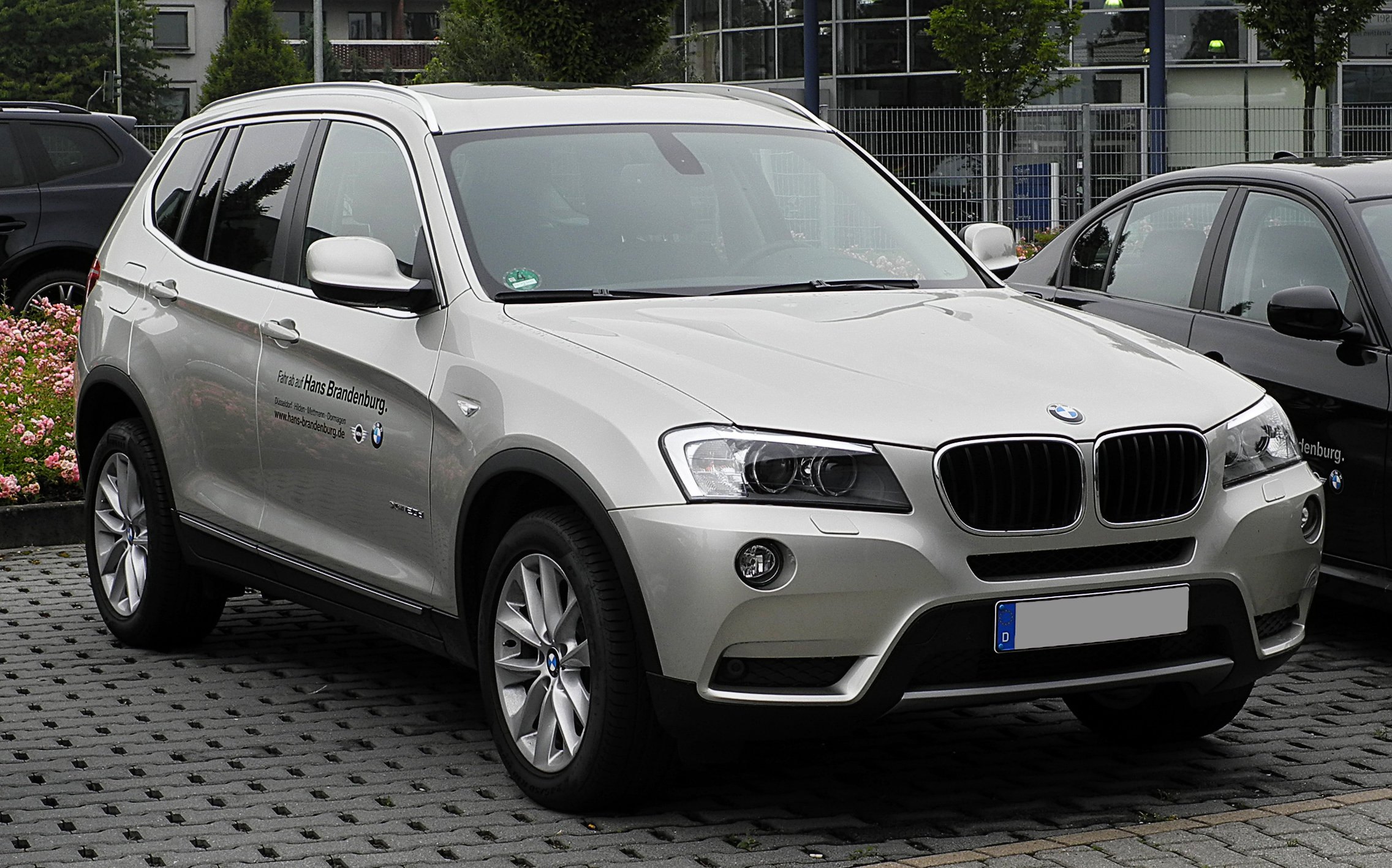 file bmw x3 xdrive20d f25 frontansicht 26 juni 2011 wikimedia commons. Black Bedroom Furniture Sets. Home Design Ideas