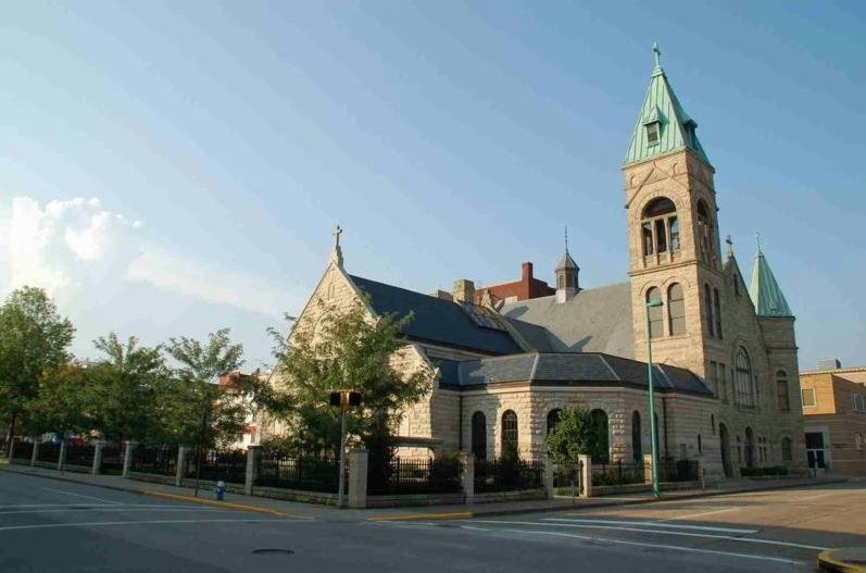 Charleston catholic wv