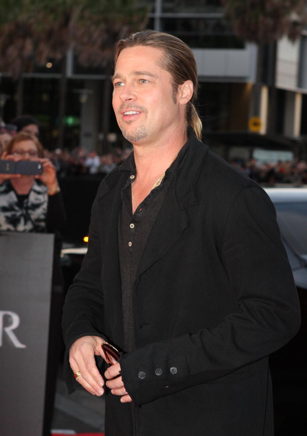 File:Brad Pitt (899353...