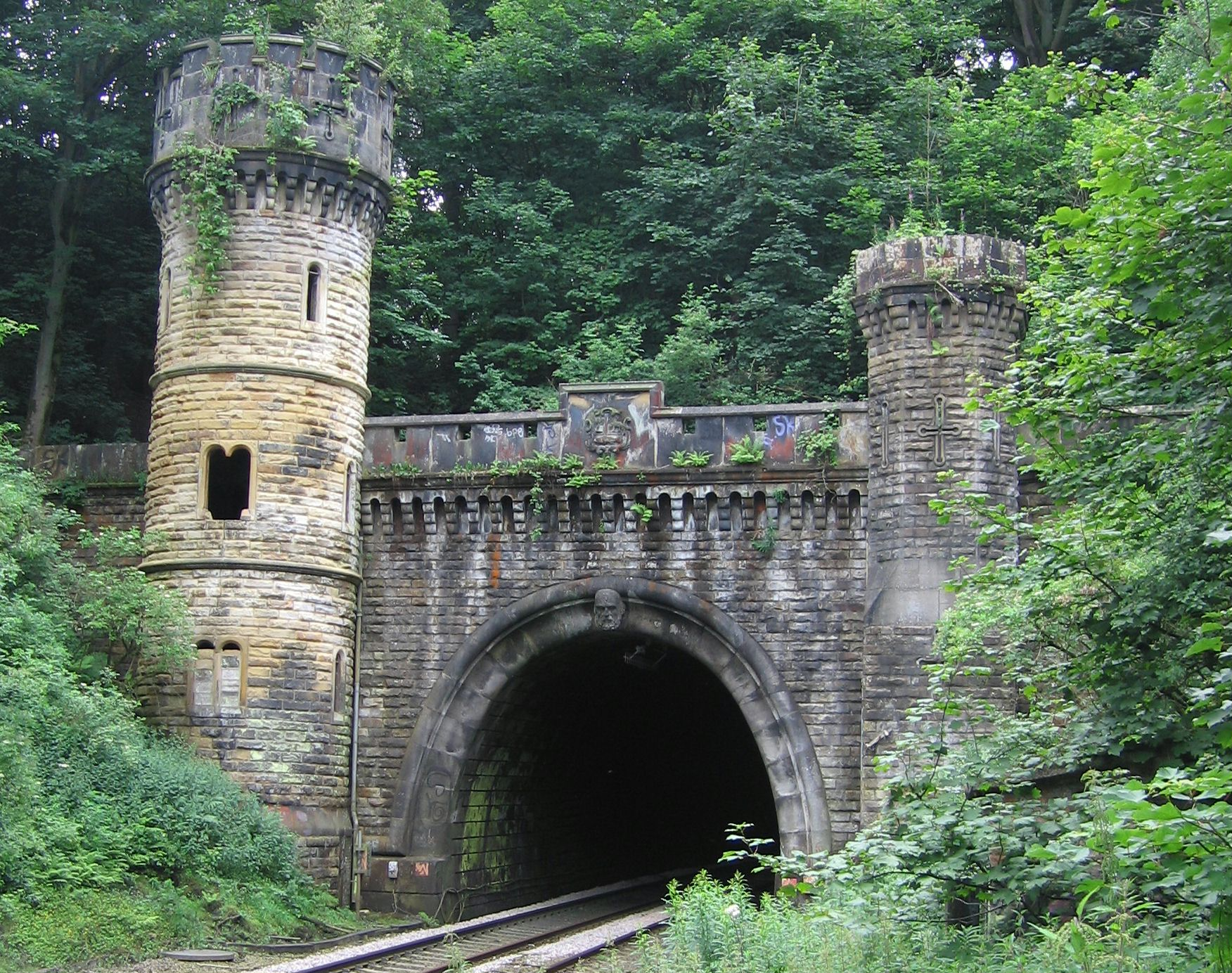 file bramhope tunnel north portal wikimedia commons