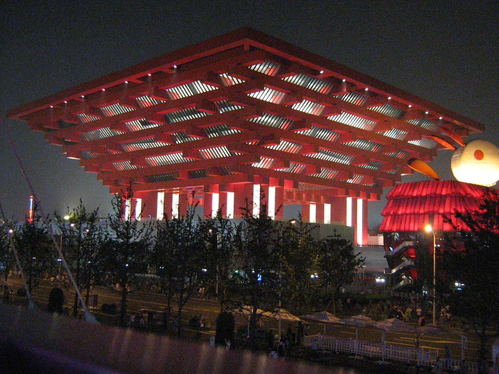 File:China Pavillion at 2010 Shanghai Expo.jpg - Wikimedia Commons