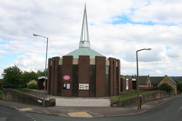 File:Church on Lyons Street - geograph.org.uk - 1080042.jpg
