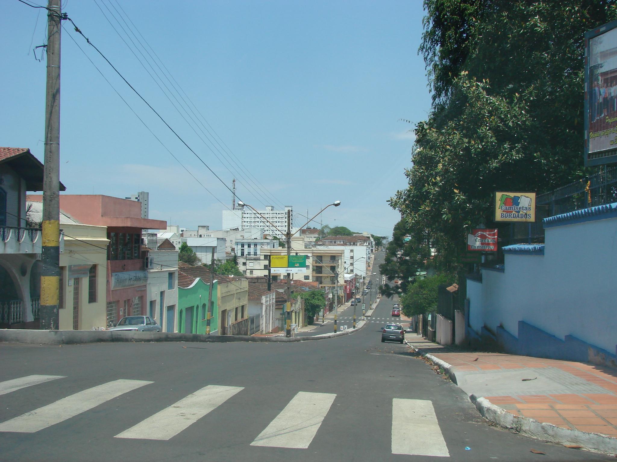 File cruz alta avenida venancio aires wikimedia for A mobilia venancio aires