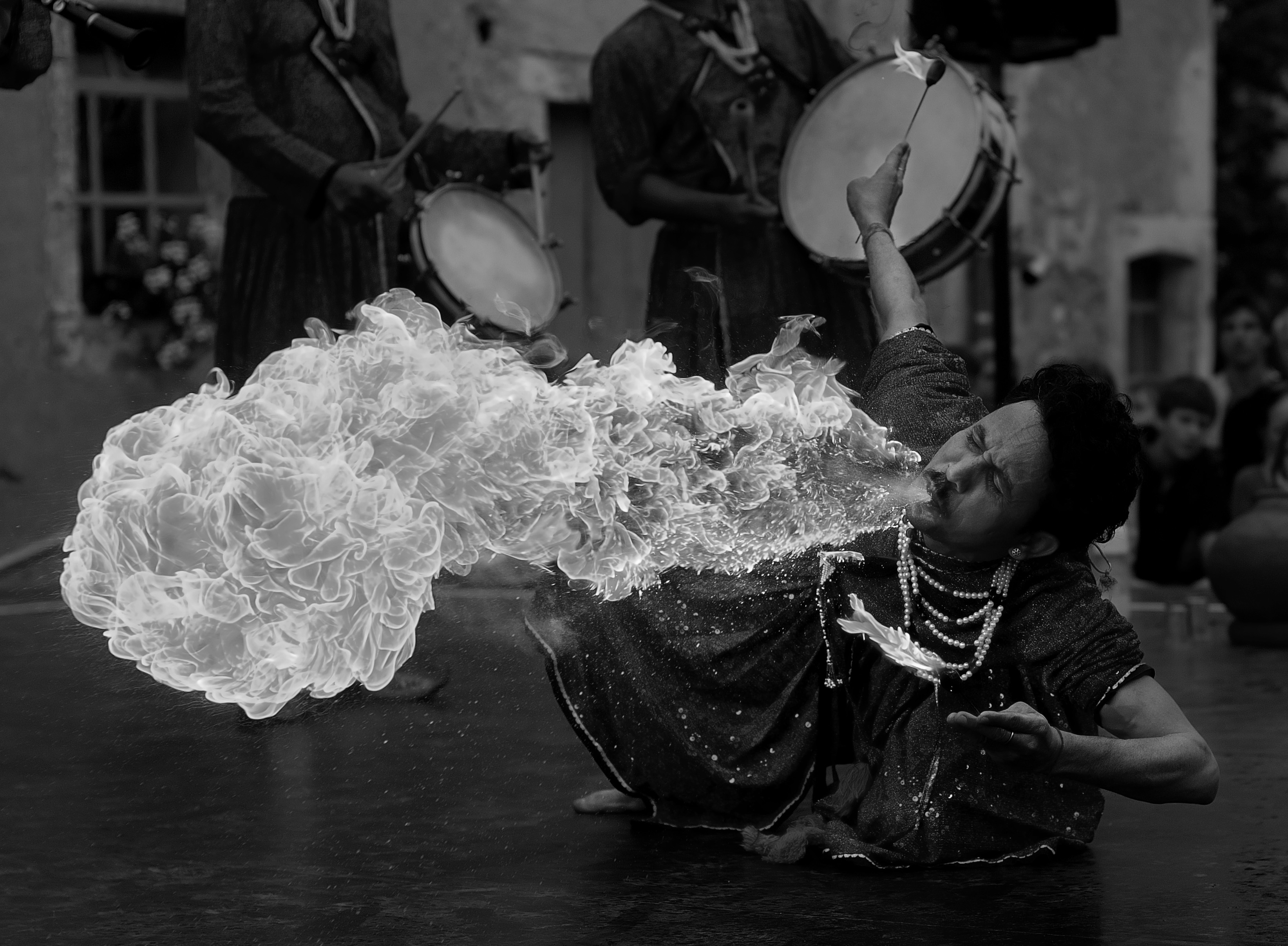 File:Fire-breather mean(R,G,B) I.jpg - Wikimedia Commons