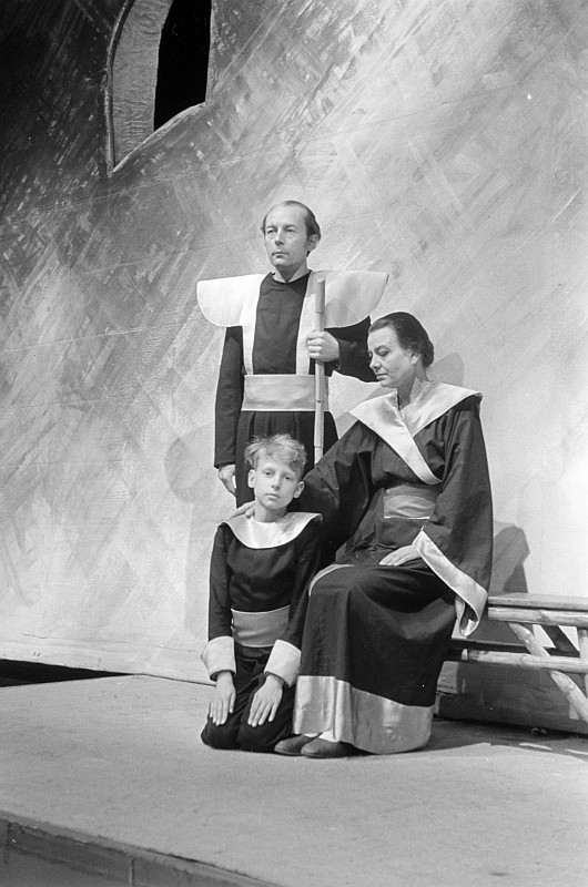 """A scene from """"Der Jasger"""" as staged at Hebbel-Theater Berlin, May 1946"""