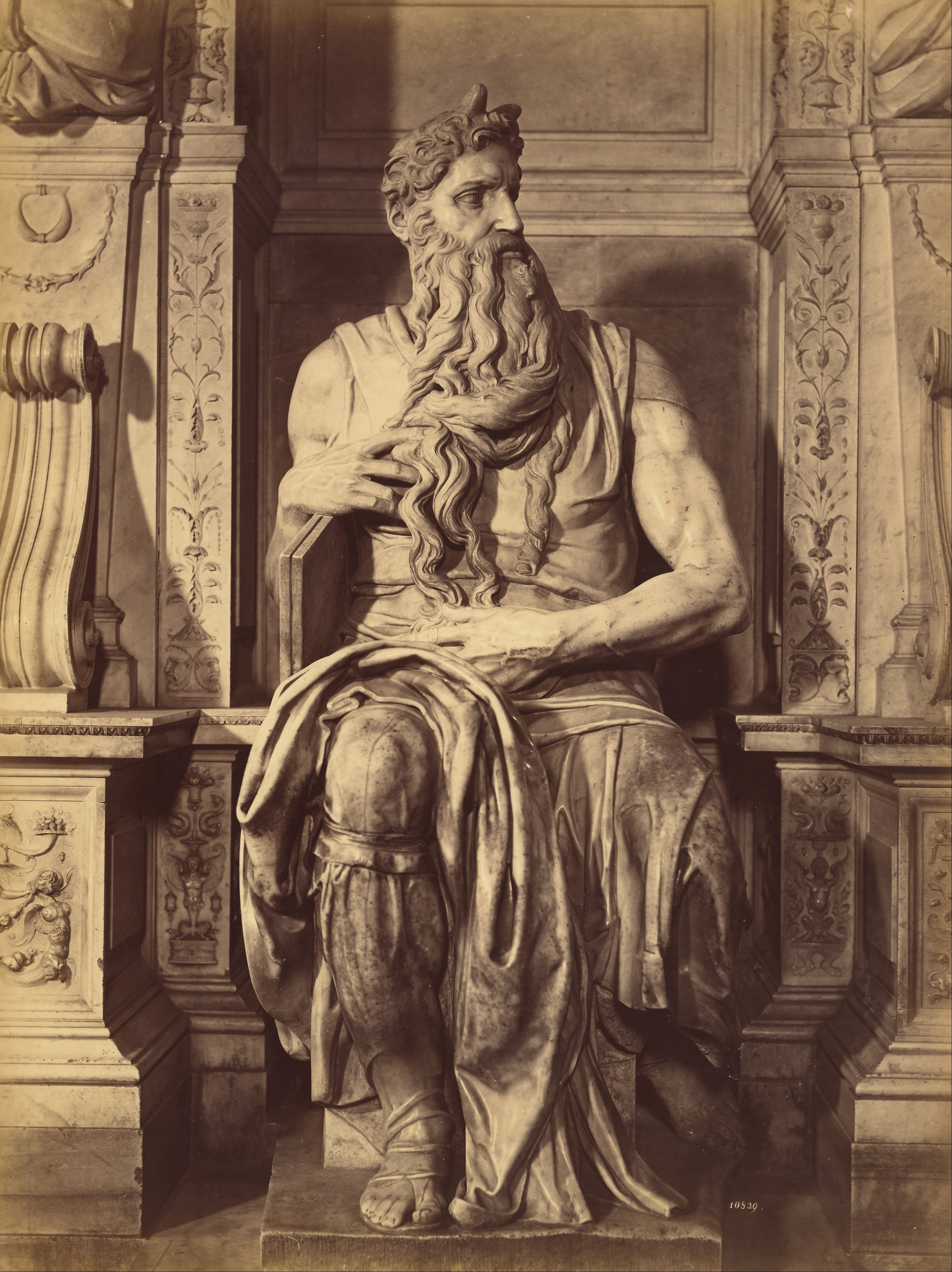 a general overview of the four sculptures of michelangelo Find out about italy's other famous sculptor, donatello, who greatly influenced michelangelo and made an indelible mark on renaissance art, at biographycom.