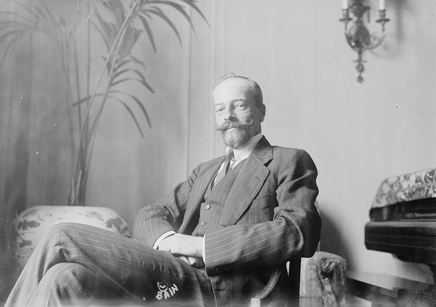 Alejandro Mijáilovich Románov