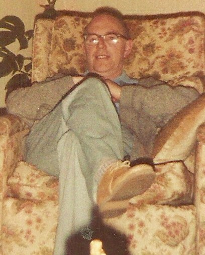 Harry Bolton Seed relaxing at home in 1987.