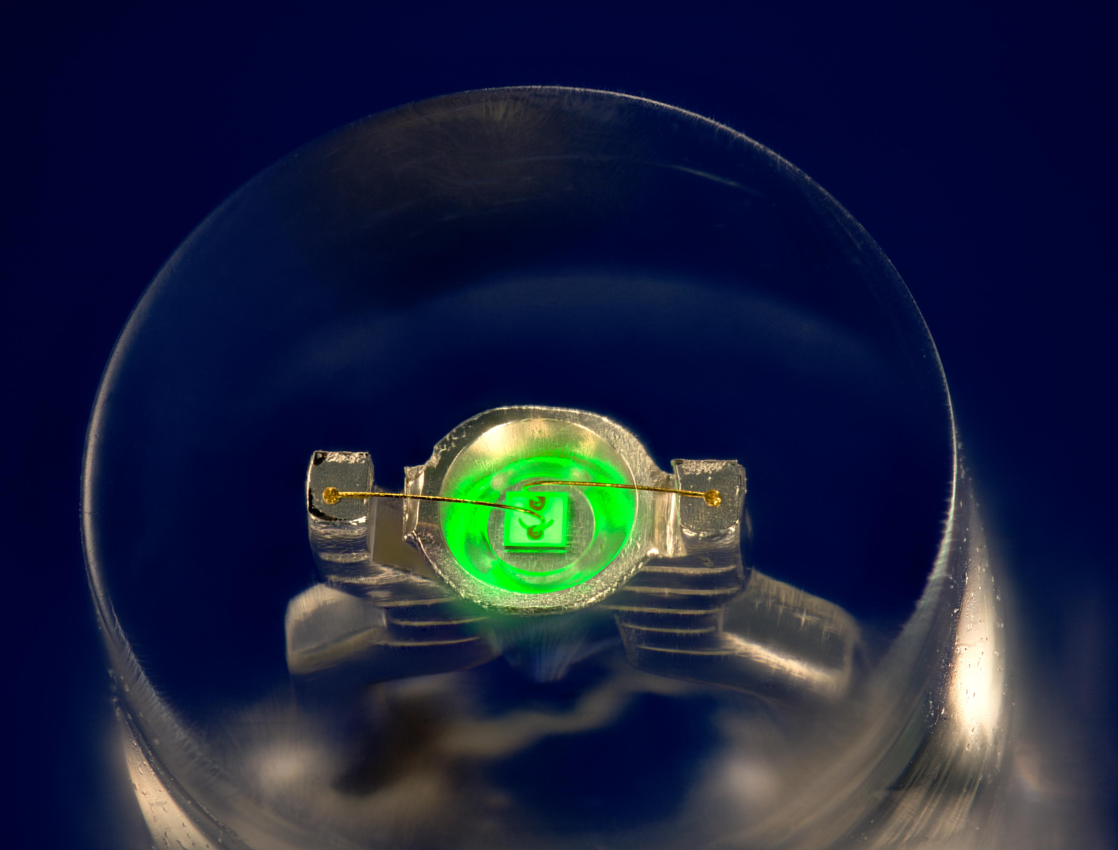 InGaN-based_green_LED.jpg