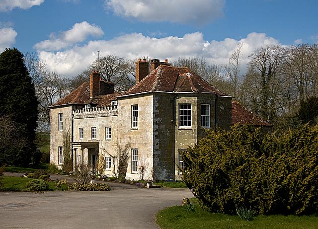 Marshwood House, Dinton - geograph.org.uk - 759416