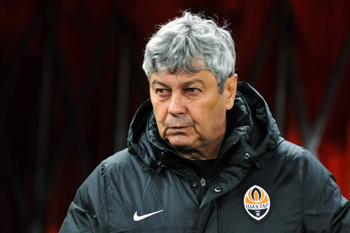 The 71-year old son of father (?) and mother(?), 172 cm tall Mircea Lucescu in 2017 photo