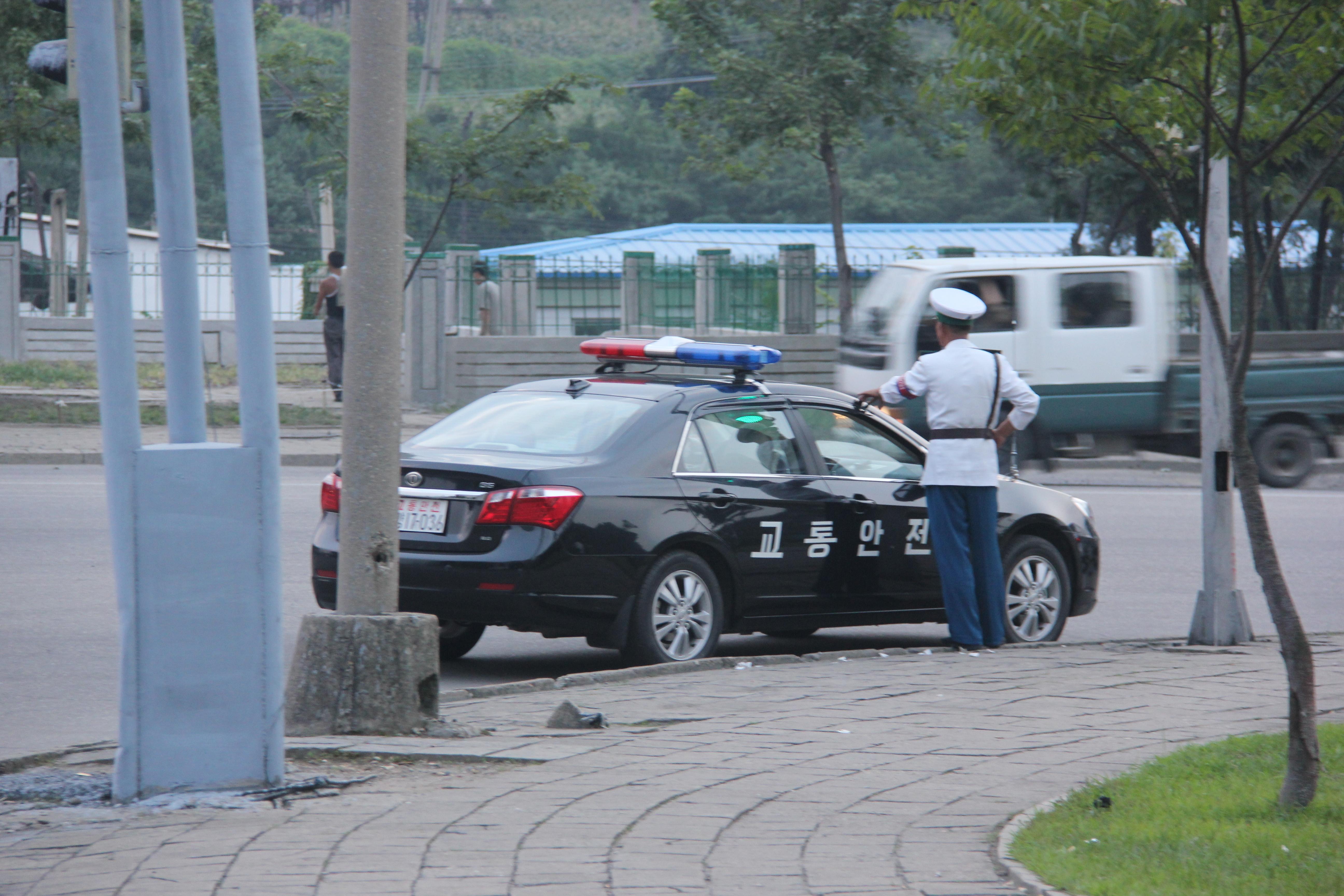 File North Korean Police Car Pyongyang 7978790163 Jpg