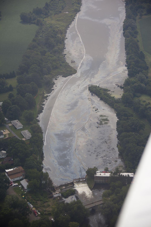 kalamazoo river oil spill