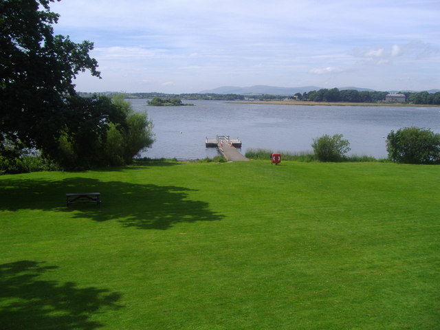 Island Loch Leven File:pier at Loch Leven Castle