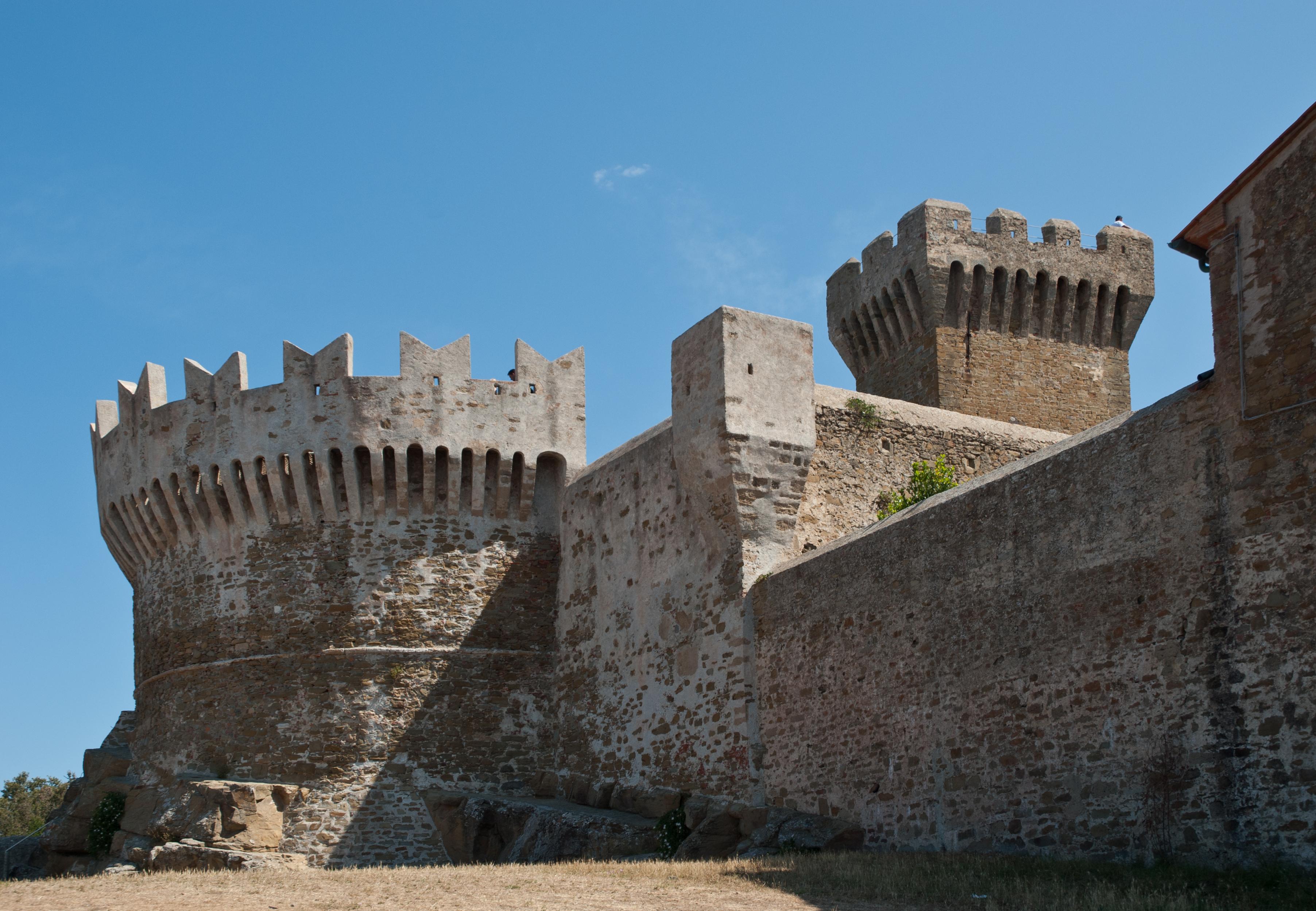 Populonia castle