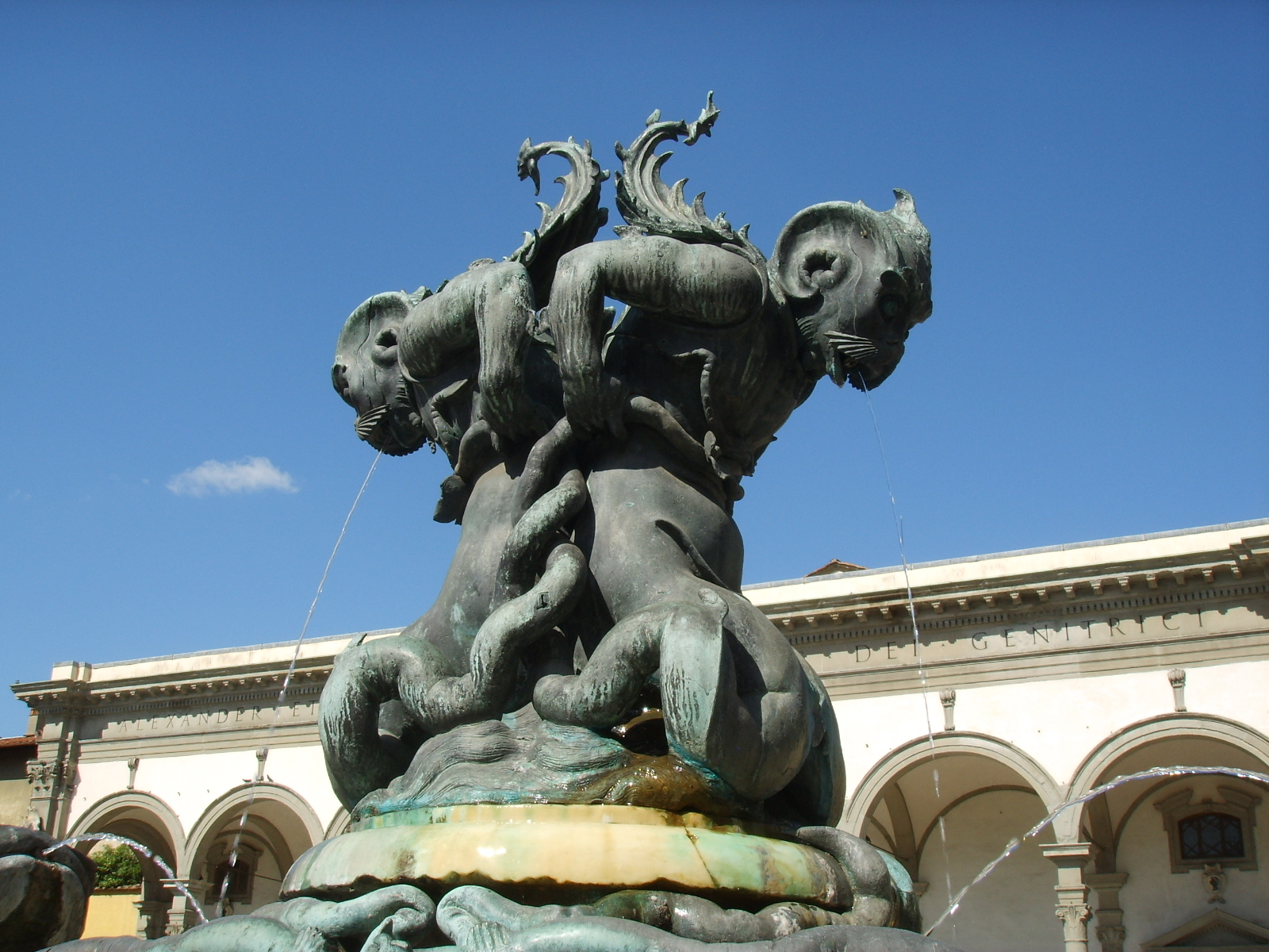 Oltre 1000 idee su mostri marini su pinterest mostri for Fontana islandia