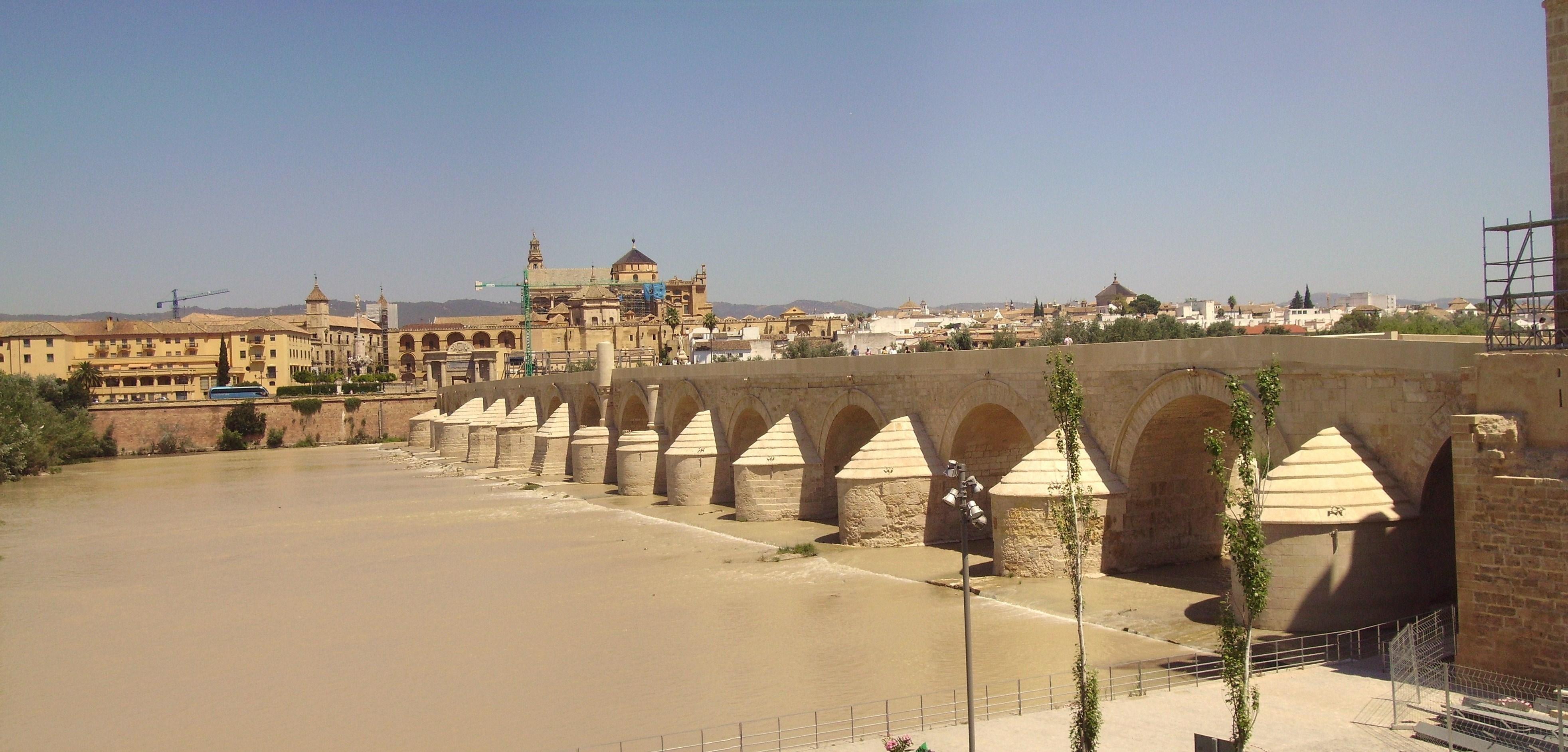Roman bridge of C rdoba, Spain, built in the 1st century BC.<!-- cite web -->