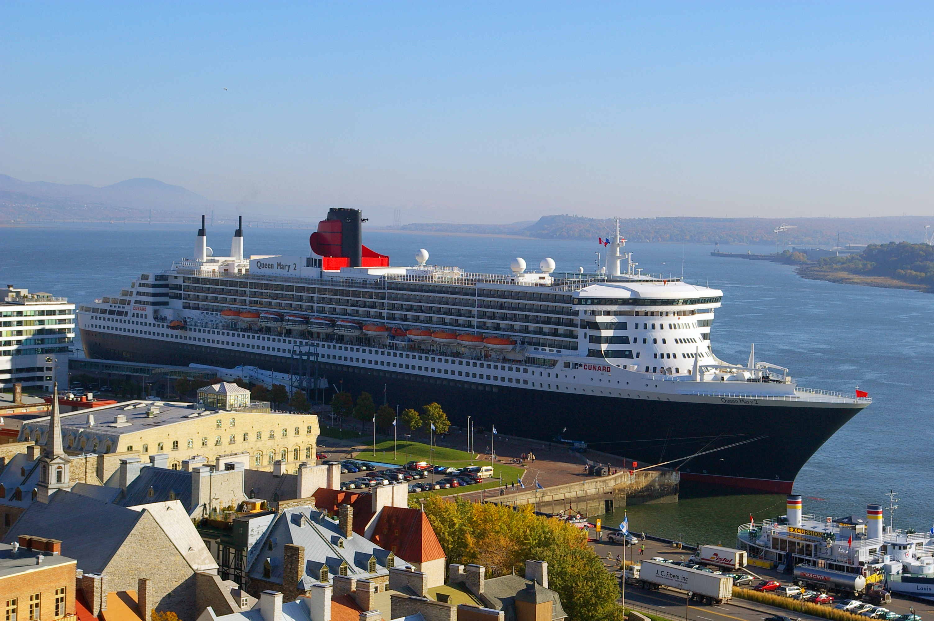 File Queen Mary 2 Quebec Jpg Wikimedia Commons