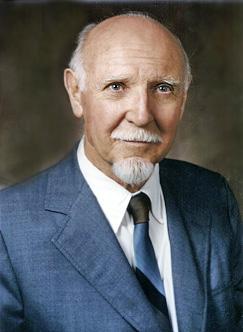 British-American psychologist Raymond Cattell