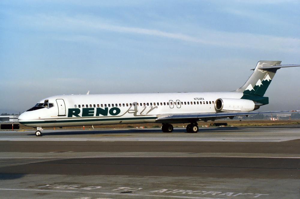 Reno_Air_McDonnell_Douglas_MD-87_(DC-9-8