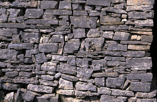 Saignon pierres brutes.jpg