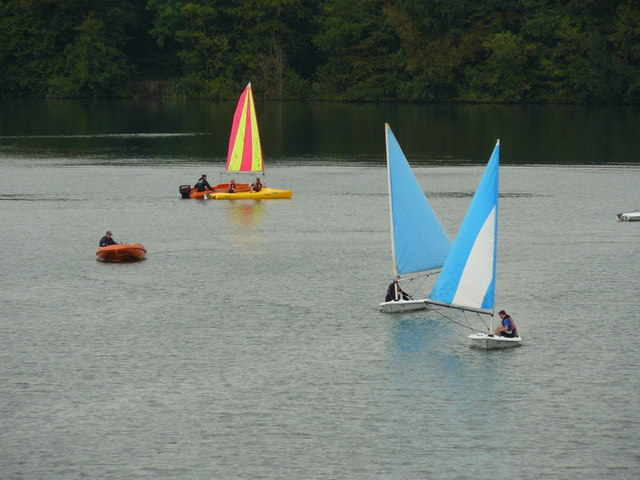 Sailing at Mercers Country Park - geograph.org.uk - 1188796