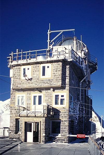 Ficheiro:Sphinx-Observatorium.jpg