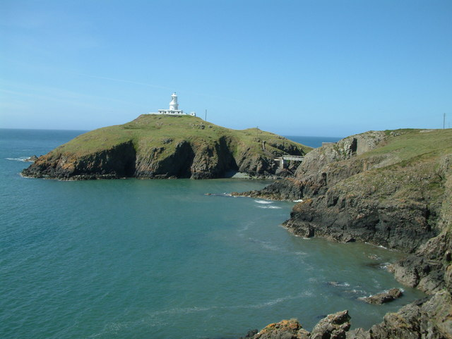 Strumble Head Lighthouse - geograph.org.uk - 197040