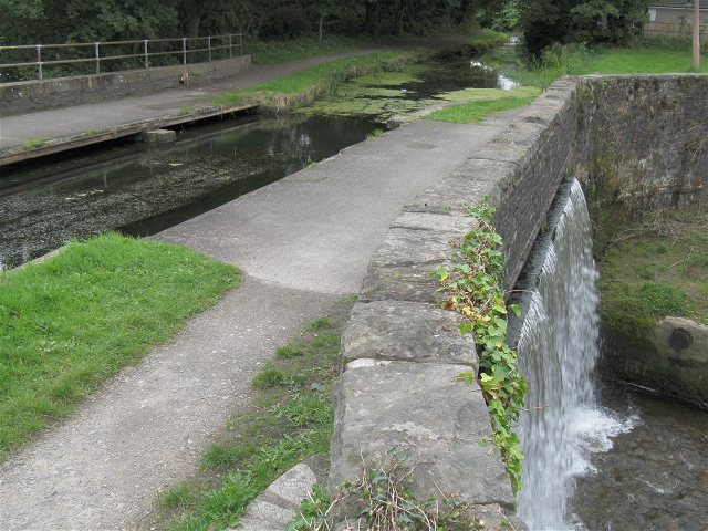 Swansea Canal overflows into Lower Clydach River - geograph.org.uk - 1455015