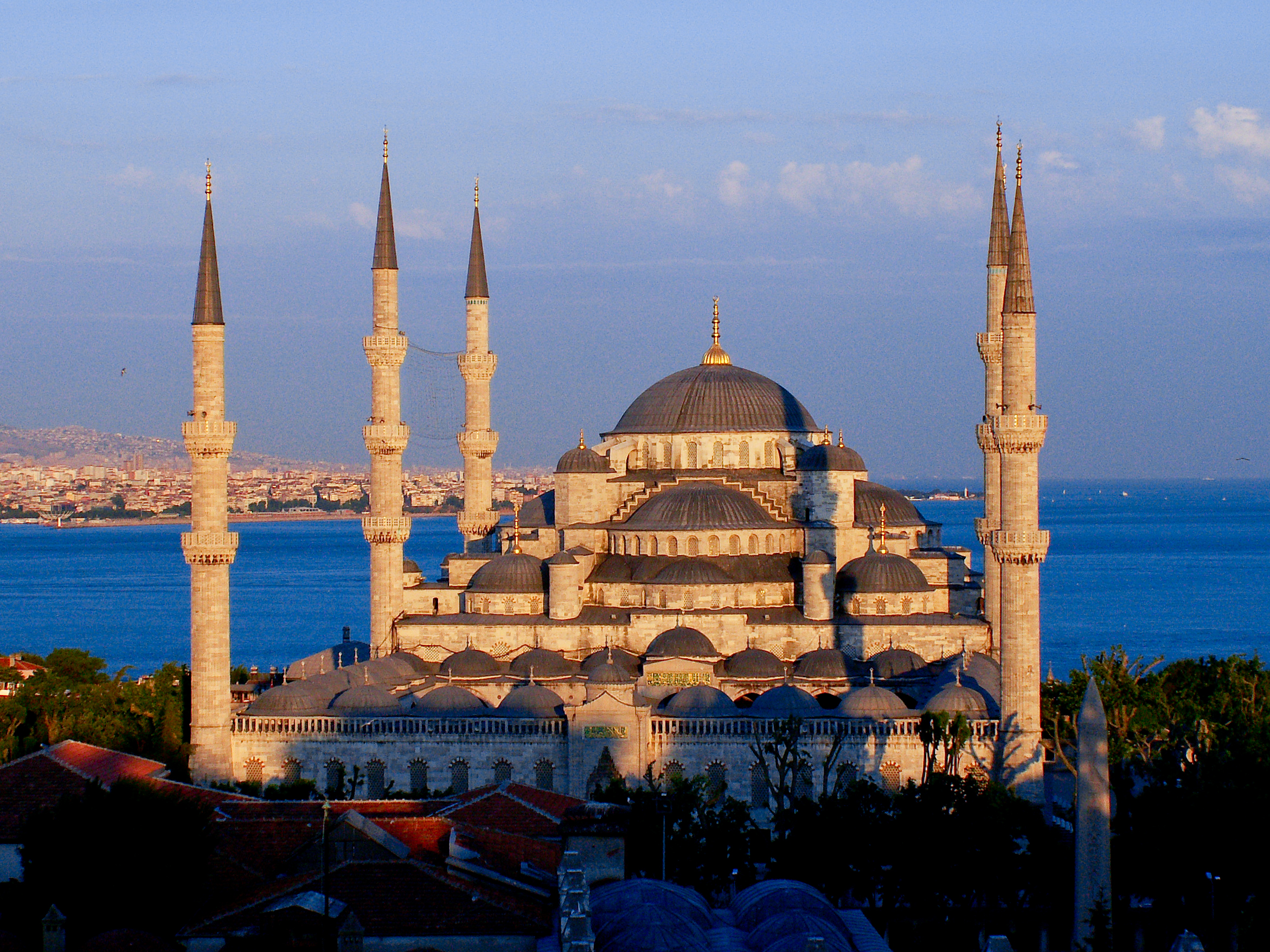 File:The Blue Mosque at sunset.jpg - Wikipedia