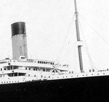 Zoom on RMS Titanic's bridge and crow nest